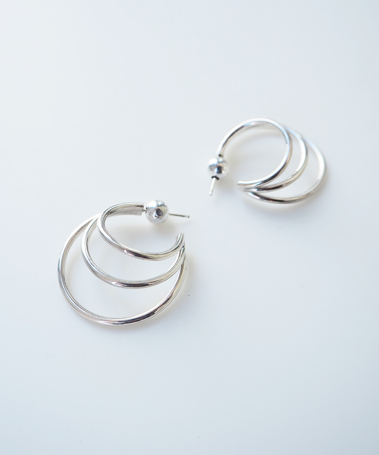 EARRINGS / SOPHIE BUHAI